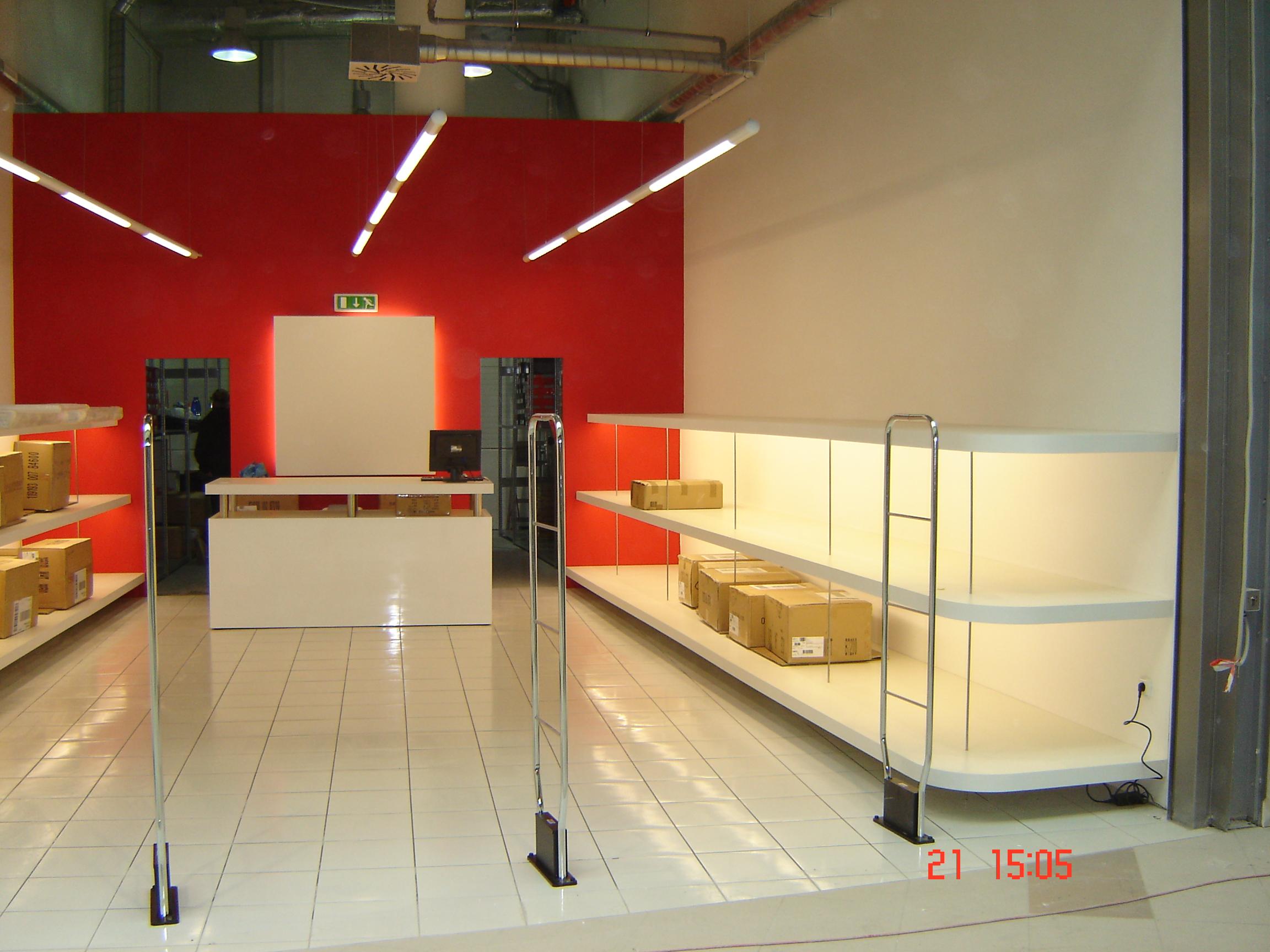 Teplice – Plzeň Photo: Interiéry Prodejen Obuvi Visto